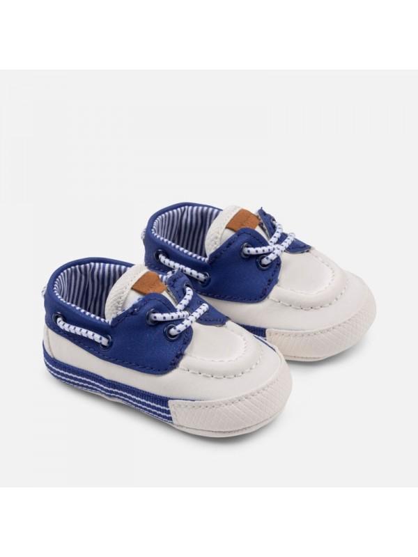 Pantofi nou-nascut